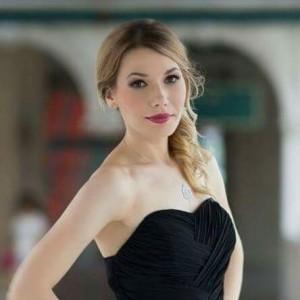 Aleksandra - Violinist