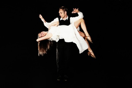 Jonhson and Nicole Comedy Magician,Mentalist,Circus acts, Solo Duo - Cabaret Magician