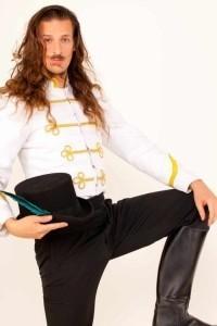 Equador The Wizard - Cabaret Magician