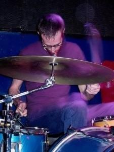 Qmins - Drummer