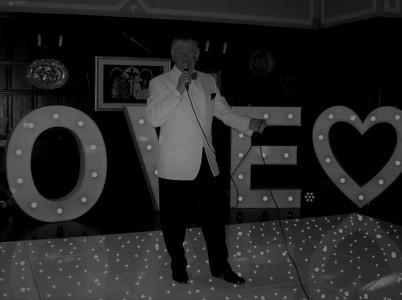 BILL BENNETT CROONS! - Dean Martin Tribute Act