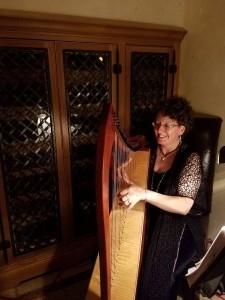 Harpist-Miriam Shilling - Harpist