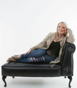 Teri Sullivan - Female Singer