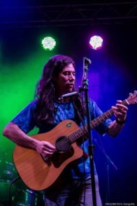 Eli MacFerry - Acoustic Guitarist / Vocalist