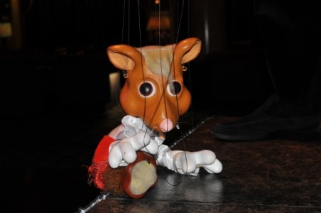 Stars on Strings - Marionettist Act
