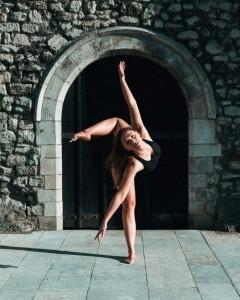 Erin McEvoy - Dance Act