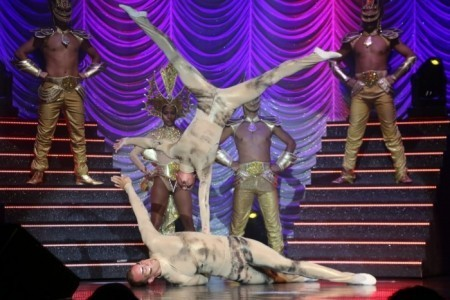Transformers Acrobatic Show - Acrobalance / Adagio / Hand to Hand Act