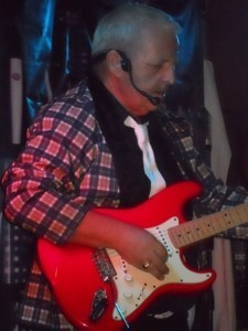 Nick James - Guitar Singer