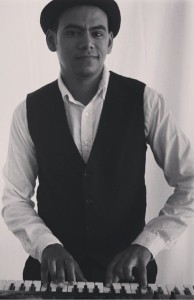 Lester Le Roux - Pianist / Keyboardist
