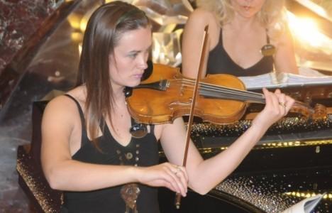 Mirjana Dokic - Violinist