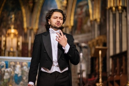 OPERA TENOR in LONDON VASILI KARPIAK - Opera Singer