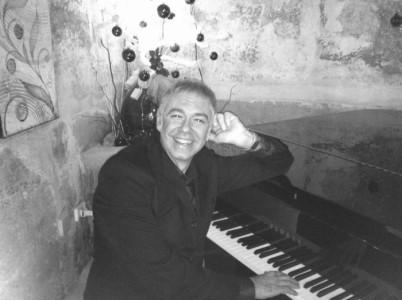 Angelo Molino - Pianist / Keyboardist
