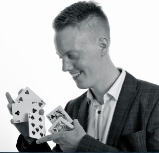 Jason Rea  - Close-up Magician