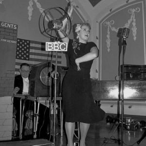 Miss Natasha Harper  - Female Singer