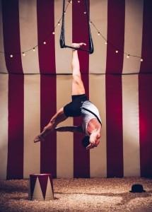 Alx Luke - Aerialist / Acrobat