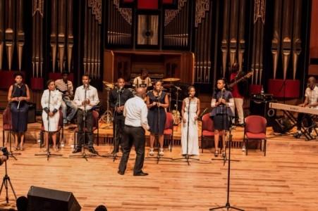 Nyembezi Mahlangu - African Band