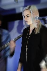 Kat - Female Singer