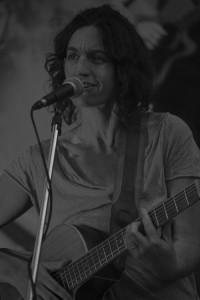 Natalie Matos - Guitar Singer