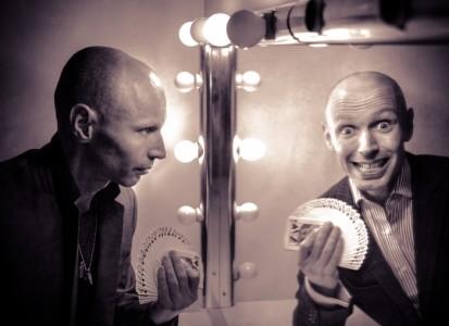 Scoop - Comedy Cabaret Magician