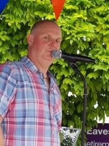 Ris Martin - Male Singer