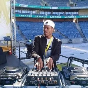 Mac Dee jnr - Nightclub DJ