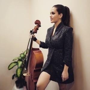Darya Zonoozi - Cellist