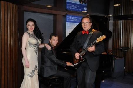 Adagio Band  - Trio