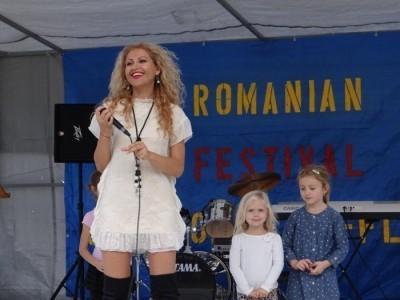 Anamaria Ferentz - Female Singer