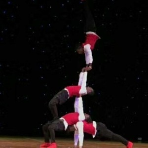 Zim Acrobats  - Street / Break Dancer
