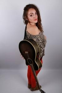 MIAH Music - Guitar Singer