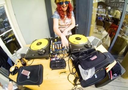 Girls That Mix - Nightclub DJ