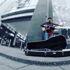Dan McHale - Acoustic Guitarist / Vocalist