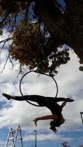 Kelly Duff - Aerialist / Acrobat