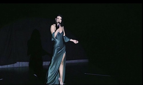 Emma Mawdsley  - Female Singer