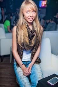 Alina - Female Dancer