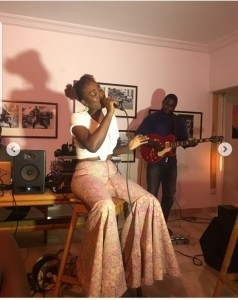 JazzZ - Female Singer