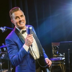 Ryan J Driscoll - Male Singer
