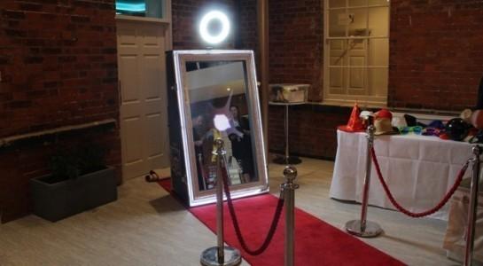 MyMagic MirrorUK - Magic Selfie Mirror