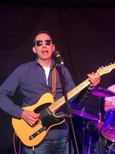Philip Dent - Solo Guitarist