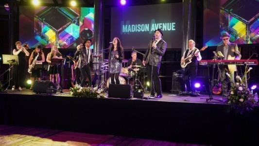 Madison Avenue UK - Soul / Motown Band