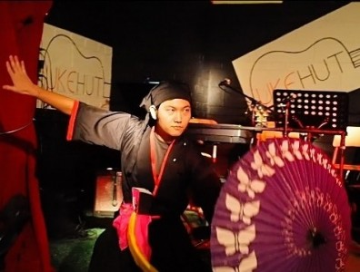 Wazuma (Japanese traditional magic) - Cabaret Magician
