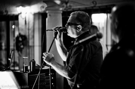 Gary Toon - Male Singer