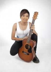 Shelby Lim - Guitar Singer