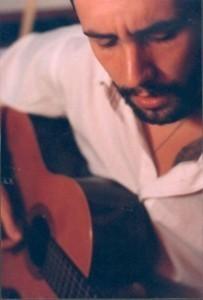 Martín Ibarguren - Guitar Singer