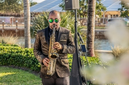 Reggie Ellison - Saxophonist
