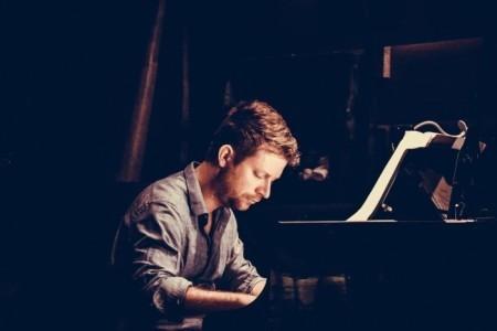 Gábor Csordás - Pianist / Keyboardist