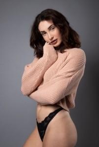 Holly Lithgo - Female Dancer