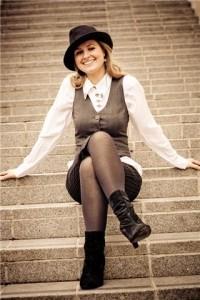 Lisa-M - Female Singer