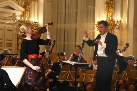 Gabriela Demeterova -Award-Winning International Virtuoso Violinist & Violist - Violinist