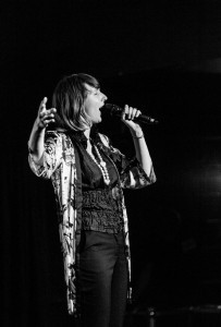 Pauline Callais - Female Singer